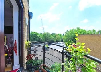 Thumbnail 2 bed flat for sale in Lion Court Wapping, London