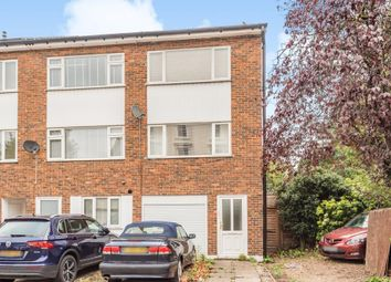 3 bed town house for sale in Cadogan Road, Surbiton KT6