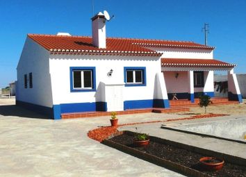 Thumbnail 3 bed villa for sale in Quinta Da Palmeira, Benavente, Santarém, Central Portugal