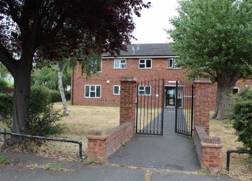 Middle Mead, Rochford SS4. 2 bed flat