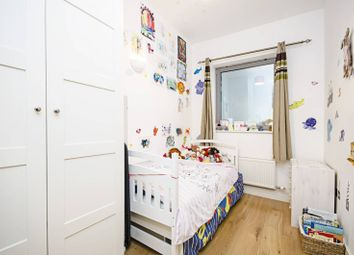 3 bed property for sale in Hermitage Road, Harringay, London N4