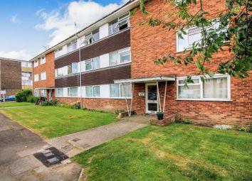 Thumbnail 2 bedroom flat for sale in Bishops Walk, Aylesbury