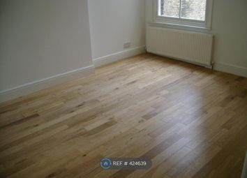 Thumbnail 4 bed flat to rent in Flaxman Rd, Brixton