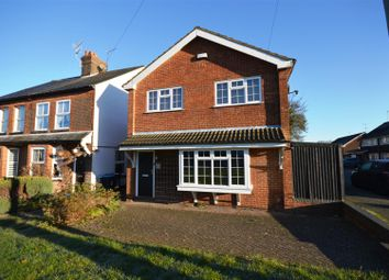 Thumbnail 4 bed detached house to rent in Leverstock Green Road, Hemel Hempstead