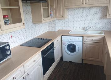 2 bed maisonette to rent in Fernwood Croft, Tipton DY4