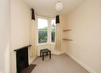 Thumbnail 1 bed flat to rent in Pembroke Road, Muswell Hill, London