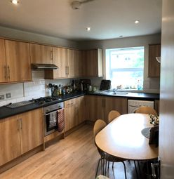 Thumbnail 3 bed maisonette to rent in Duckett Road, London