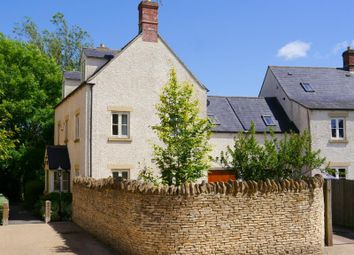 Thumbnail 6 bed detached house to rent in Churn Meadows, Cirencester