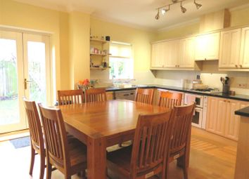 Thumbnail 5 bed town house to rent in Dyers Yard, Norwich