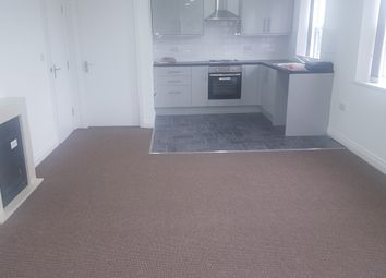 Thumbnail 1 bed flat to rent in Pearsons Lane, Bradford