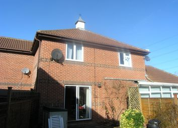Thumbnail 2 bed property to rent in Arndale Beck, Didcot