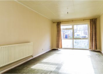 Thumbnail 2 bed flat for sale in Silverdale Close, London