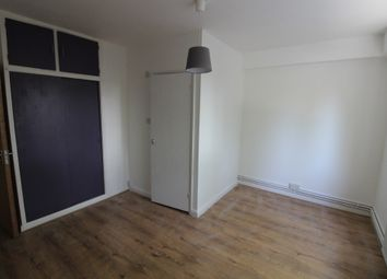 Thumbnail 2 bed flat to rent in Phoneix Court, Purchese Street, London