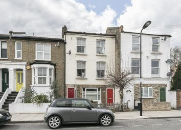 2 bed maisonette for sale in Glyn Road, London E5