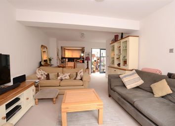 Thumbnail 2 bed flat for sale in Rugby Place, Brighton, East Sussex