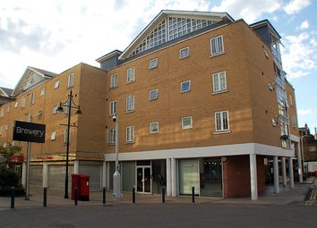 3 bed flat for sale in Malt House Place, Romford RM1