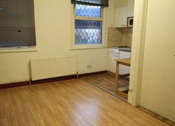 Thumbnail Studio to rent in Acacia Road, Off High Road Leytonstone, Leyton, Leytonstone E11, E10,