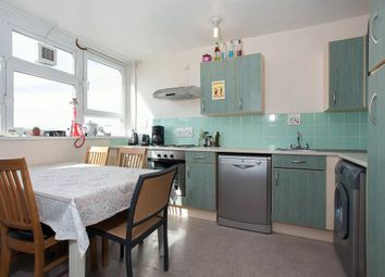 Thumbnail 3 bed flat to rent in Hall Street, London