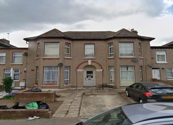 Norfolk Road, Seven Kings, Essex IG3. 1 bed flat
