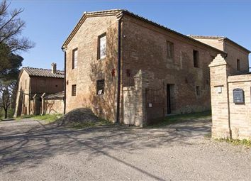 Thumbnail Property for sale in Ponte D'arbia Si, Italy