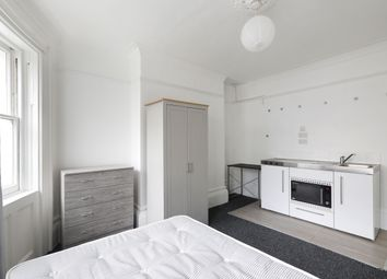 1 bed property to rent in Norfolk Square, Brighton BN1