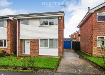 Thumbnail 3 bed detached house for sale in Marlow Road, Gainsborough