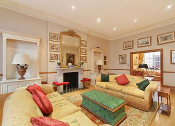 Thumbnail 4 bed flat to rent in West Halkin Street, Belgravia, London