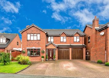Thumbnail 5 bed detached house for sale in Oakdene Close, Cheslyn Hay, Walsall
