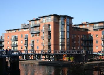 2 bed flat to rent in Canal Wharf, Waterfront Walk, Birmingham B1