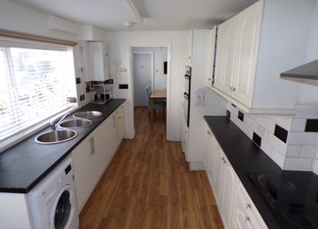 Room to rent in St. Helens Avenue, Swansea SA1