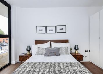 Thumbnail 2 bed flat to rent in Colin Road, London