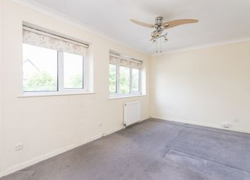 Thumbnail 4 bed flat to rent in Glengall Road, Woodford Green