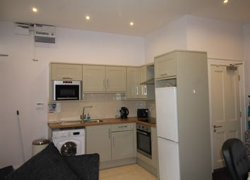 Thumbnail 1 bedroom flat to rent in St James' Terrace, Newcastle Upon Tyne