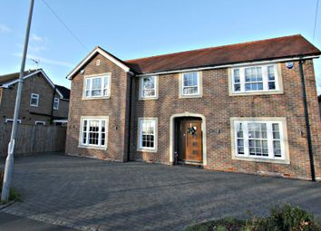 Thumbnail 3 bed detached house to rent in Wattleton Road, Beaconsfield