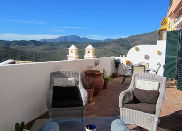 Thumbnail 2 bed town house for sale in Spain, Andalucia, Benahavis, Ww1170