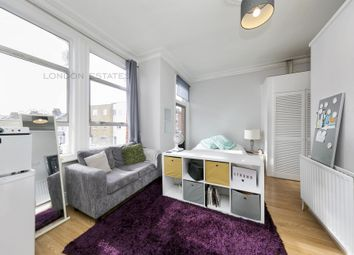 Thumbnail Studio to rent in Munster Road, Fulham