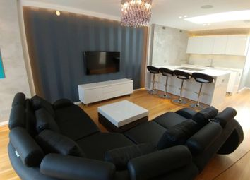 Thumbnail 3 bed flat to rent in Conduit Street, Oxford Street, London