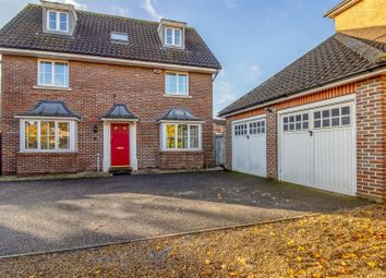 Thumbnail 6 bed detached house for sale in Mayflower Road, Chafford Hundred, Grays