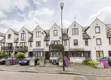 Thumbnail 4 bed flat to rent in Wynan Road, London