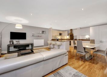 Thumbnail 3 bed flat for sale in Dowells Street, Greenwich