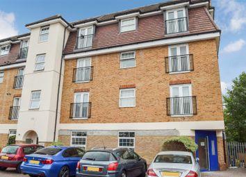 2 bed flat for sale in Green Lane, Morden SM4