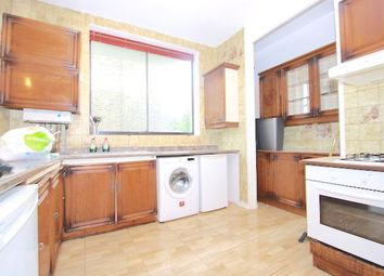 Thumbnail 4 bed flat to rent in Caversham Road, Kentish Town