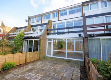 Thumbnail 3 bedroom property for sale in Links View, Finchley