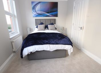 Thumbnail 6 bedroom shared accommodation to rent in Waverley Road, Reading