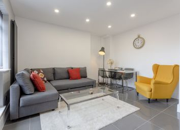 3 bed flat to rent in West India Dock Road, London E14