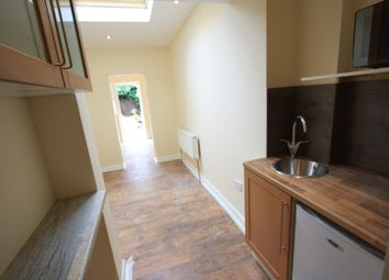 Thumbnail 1 bed flat to rent in Beckford Rd, Croydon