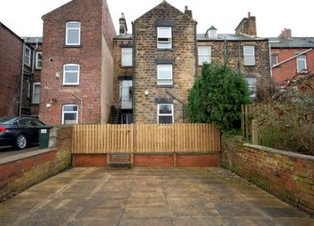 Thumbnail 2 bedroom flat to rent in 217 Park Road, Worsborough