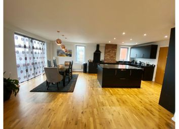 4 bed flat for sale in Whitehall Quay, Leeds LS1