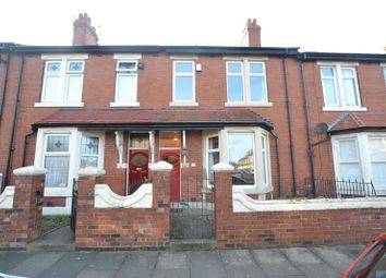 Thumbnail 5 bedroom flat for sale in Kelvin Grove, Newcastle Upon Tyne