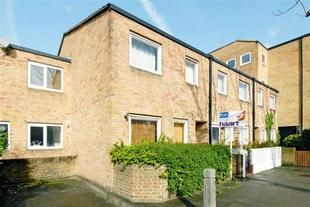 Thumbnail 2 bed shared accommodation to rent in Usk Road, Battersea